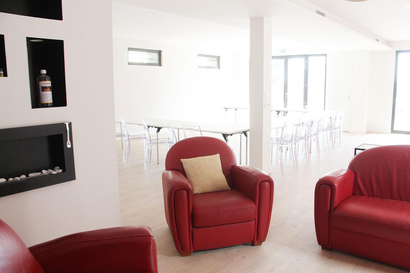 Intérieur de la salle de réunion du Choulans