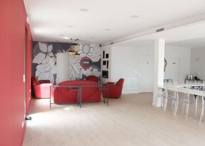 Intérieur de la salle de réunion Le Choulans